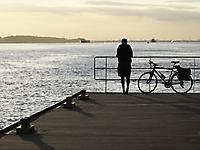 Bild 09 - Ein Schiff wird kommen